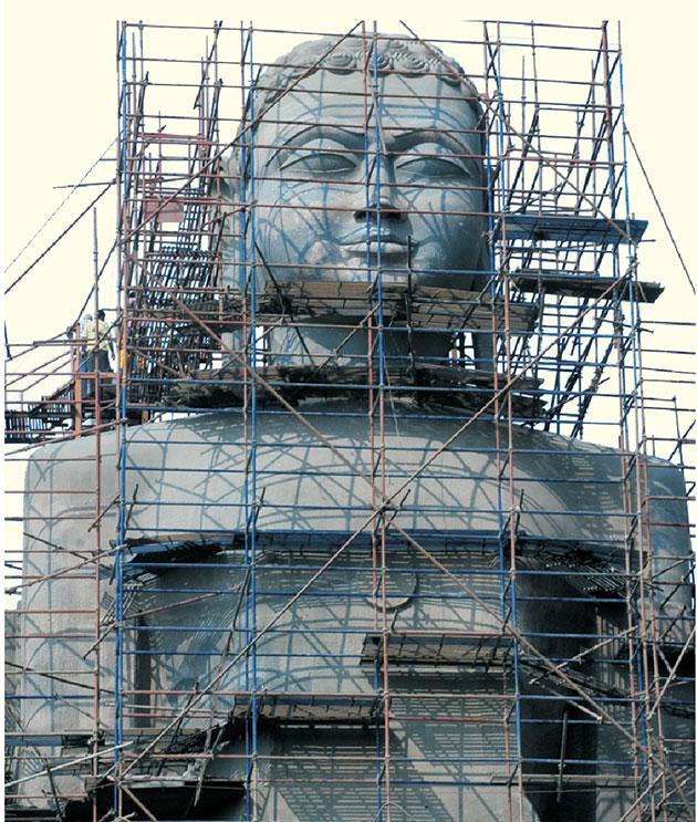 Bhagwan Rishabhdev 108 Ft. Grand Digambar Jain Idol